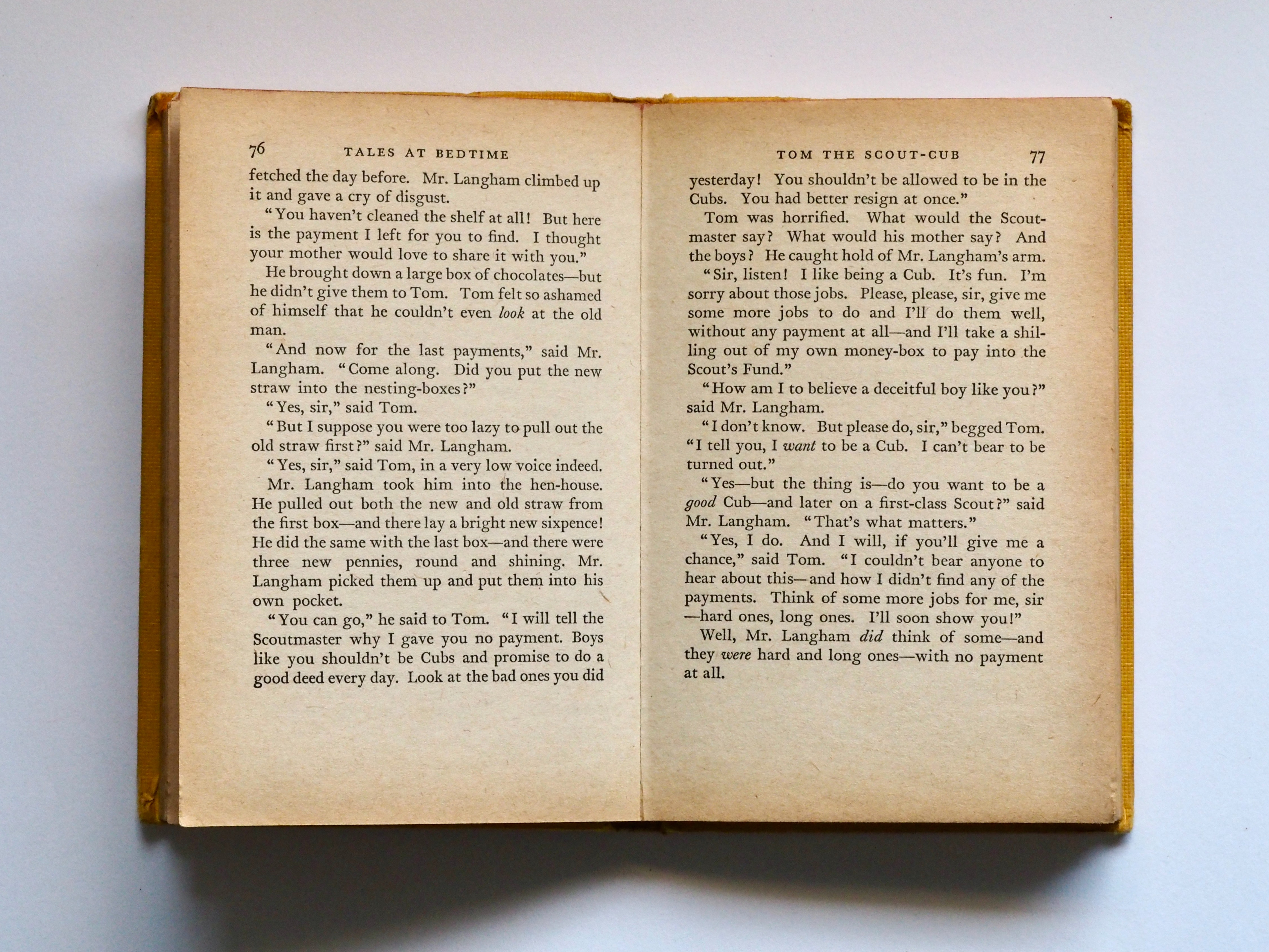 book-pages-copyright-knowledge-762687